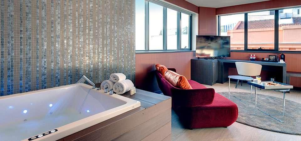 indigo-suite-02